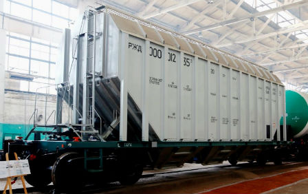Innovative hopper-car made from aluminium obtained certification in Russia